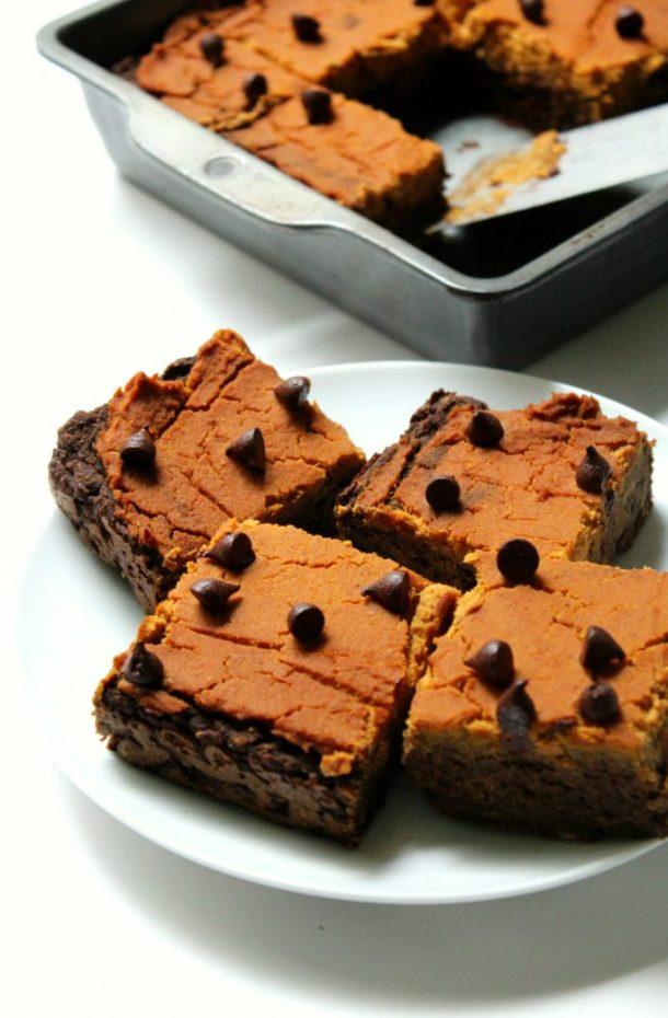 Pumpkin Peanut Butter Layer Brownies | StrengthandSunshine.com
