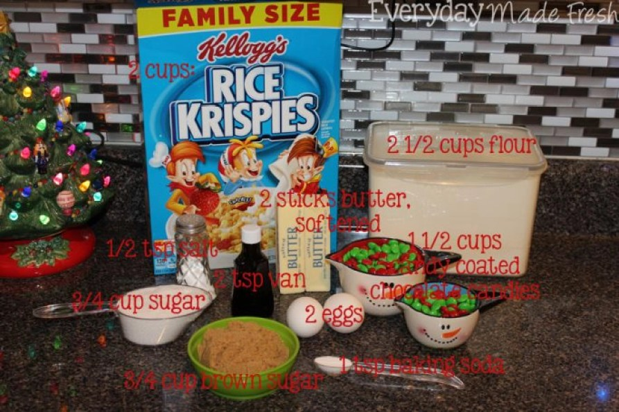 These Rice Krispies® Christmas Cookies have the perfect texture - soft, chewy, and crispy! With a hint of vanilla and candy coated chocolate candies, these make for a simple treat during the holidays. #HolidayTreatMaking #ad   EverydayMadeFresh.com