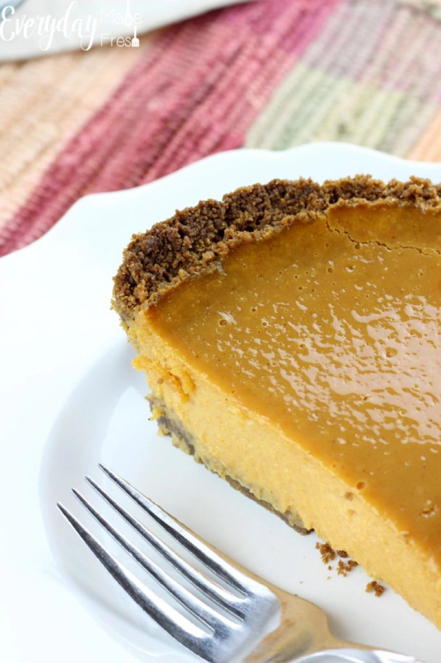 Perfect pumpkin pie has to be silky in texture with just the right about of spice. You'll get all of that plus more in this Silky Pumpkin Pie with a Ginger Snap Crust. It's probably the best pumpkin pie you'll ever eat! | EverydayMadeFresh.com