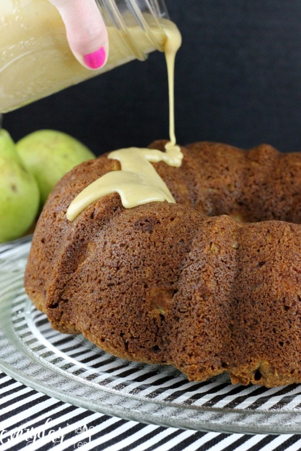 This Pear Bundt Cake with Vanilla Bean Caramel is loaded with fresh chunks of pear, spiced with cinnamon and ginger, and then drizzled with the best topping! This cake is so simple to make and perfect for all occasions. | EverydayMadeFresh.com