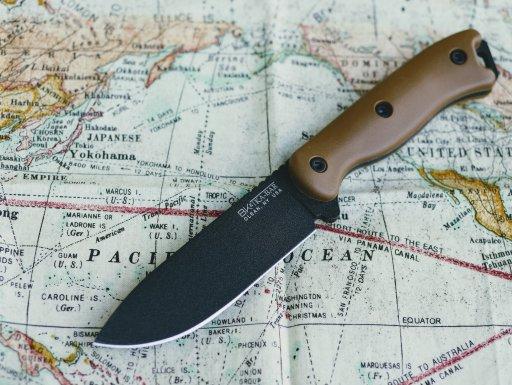 Becker BK-16 field knife
