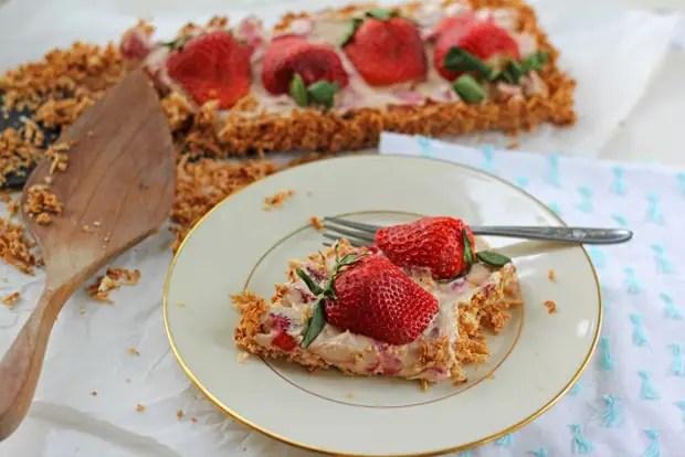 Grain Free Strawberry Tart from www.bluekaleroad.com