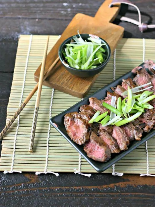 Hoisin Marinated Skirt Steak from www.EverydayMaven.com