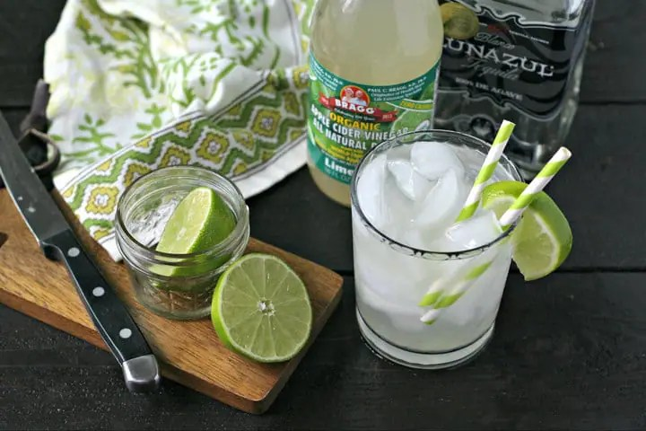 The Skinniest Skinny Margarita from www.EverydayMaven.com