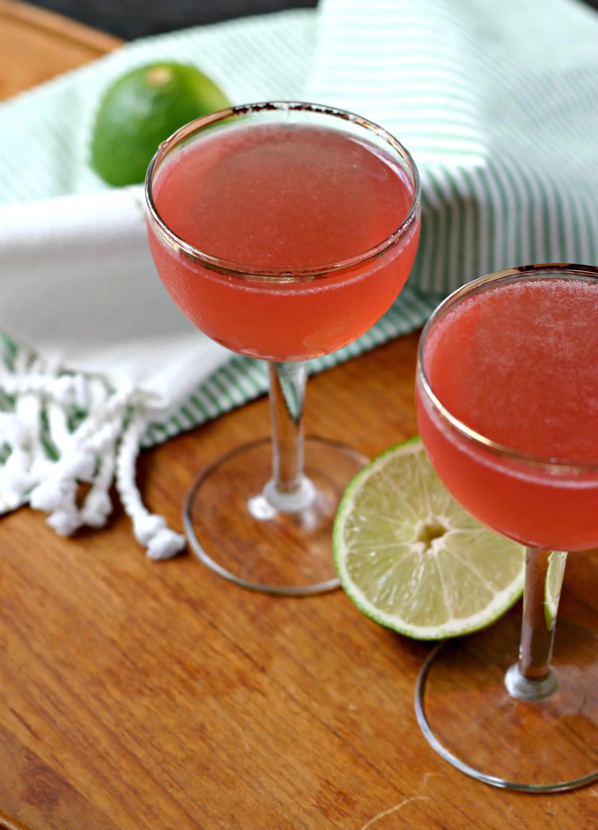 Kombucha Cocktail: Cosmopolitan from www.EverydayMaven.com