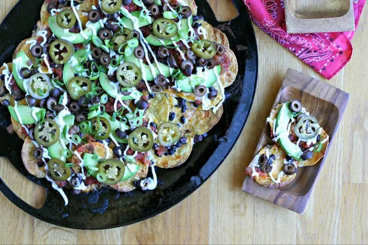 Grilled Vegetarian Nachos from www.EverydayMaven.com