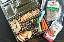 Packing Healthy School Lunches from www.EverydayMaven.com