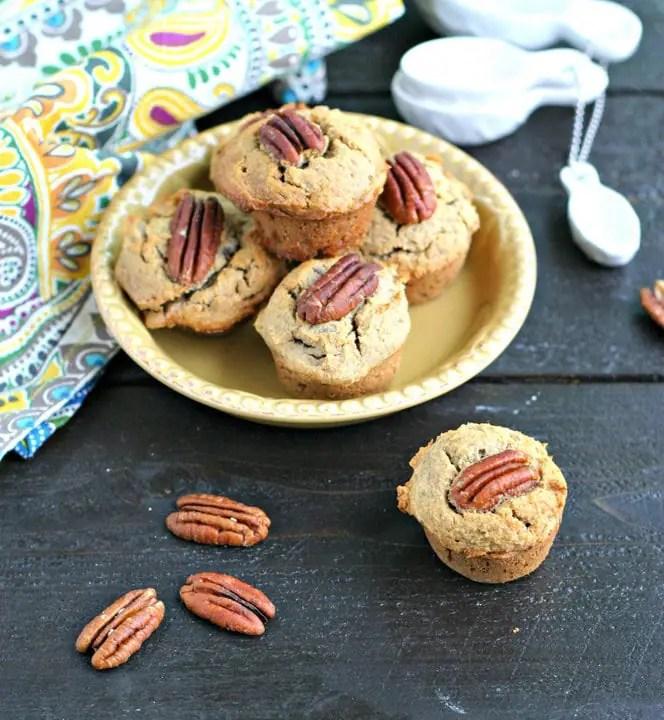 Mini Maple Pecan Banana Muffins from www.EverydayMaven.com
