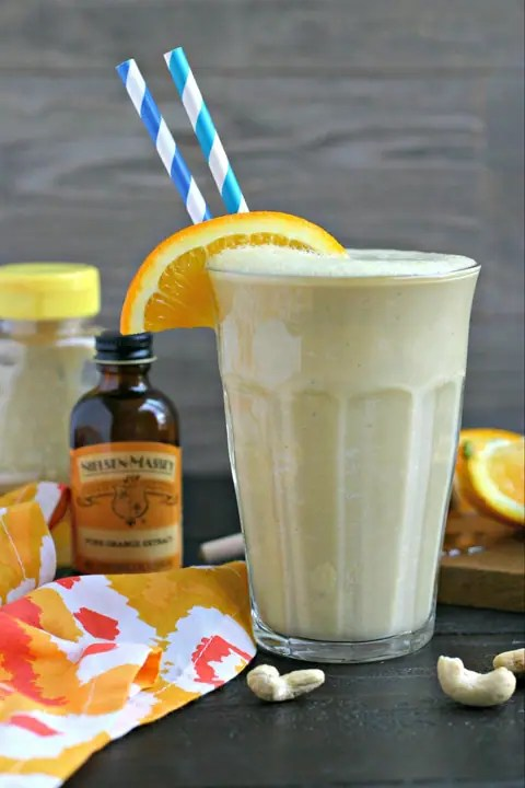 Creamy Cashew Citrus Smoothie from www.EverydayMaven.com