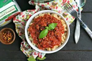 Quick Homemade Pasta Sauce with Sausage from www.EverydayMaven.com