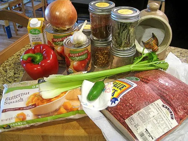 ingredients to make butternut squash chili