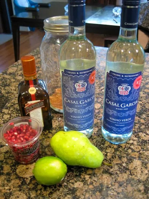 ingredients to make winter sangria
