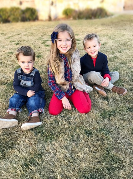 Dressing Your Kids For The Holidays With OshKosh