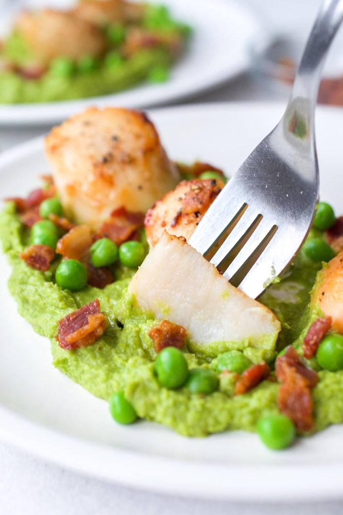 Seared Scallops with Pea & Mint Puree