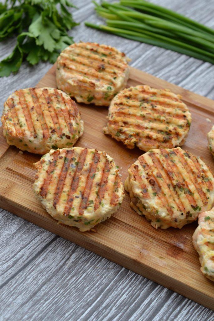 Lemon & Herb Salmon Burgers