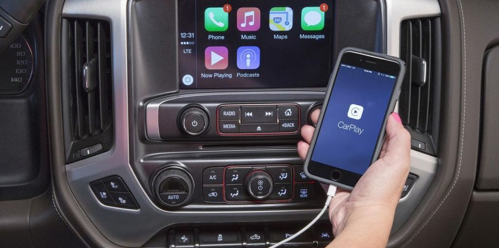 GMC Adds APPLE CarPlay on Everyman Driver