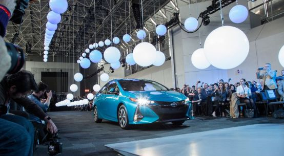 2017 Toyota Prius Prime Reveal at 2016 New York Auto Show on Everyman Driver
