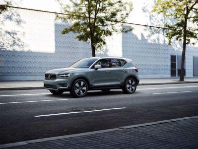 Everyman Driver: 2019 Volvo XC40 AWD R-Design (VIDEOS