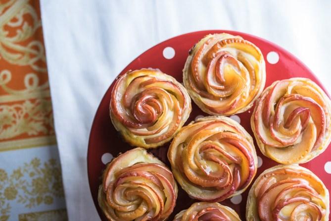 Cinnamon Apple Cheesecake Tarts-5