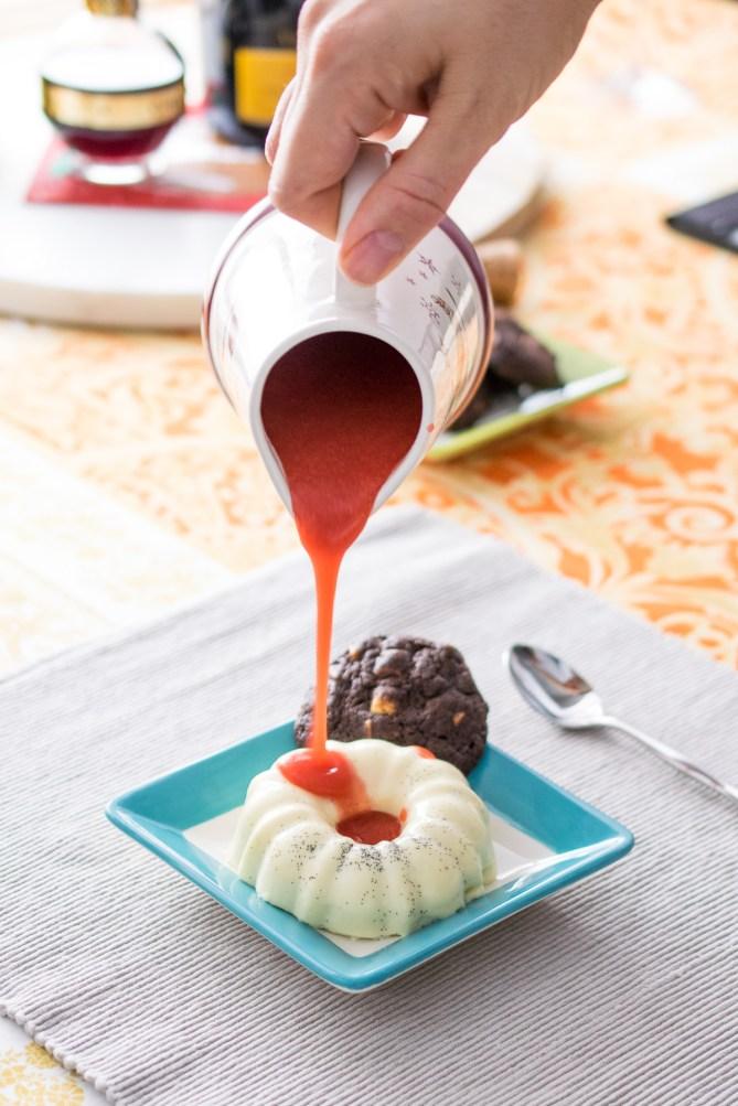 Vanilla Pannacotta with Strawberry Coulis-3