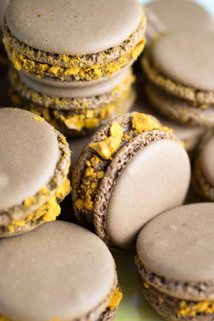 crunchie macarons-14