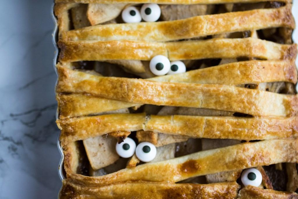 apple-mummy-pie-3