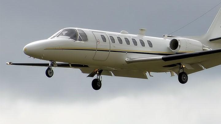 Reagor Dykes plane lookalike 720