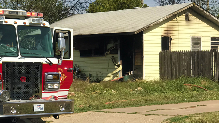 house fire 800 block of 48th Street 720