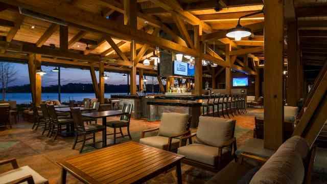 wilderness lodge bar