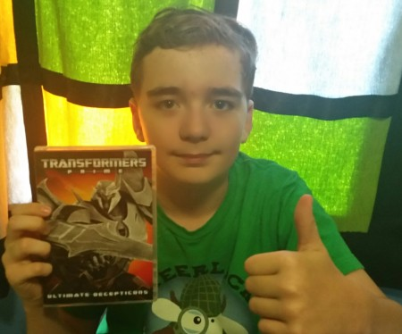 Lorne gives Transformers Prime: Ultimate Decepticons a Thumps Up