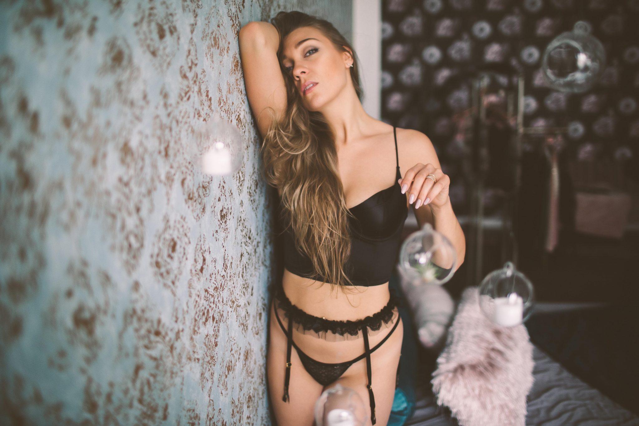 A boudoir model in NYC