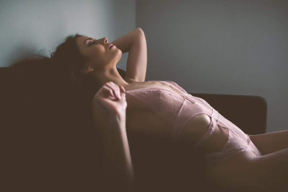 A sexy woman at a boudoir session