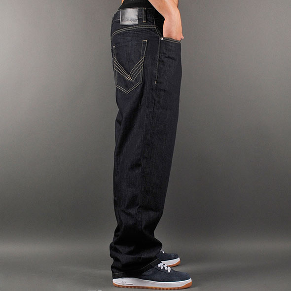 Loose-Baggy-fit-jeans-for-men