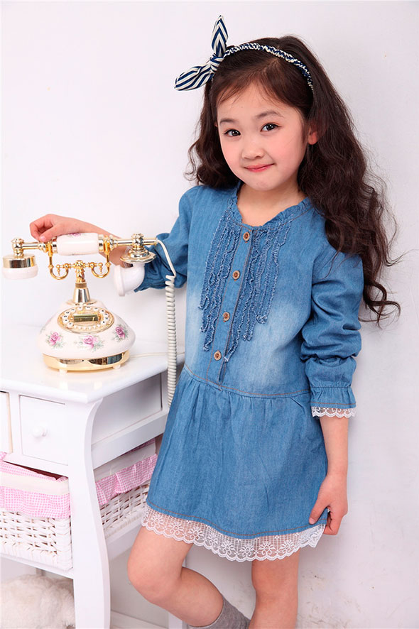 denim-dress-with-white-lace-for-a-child