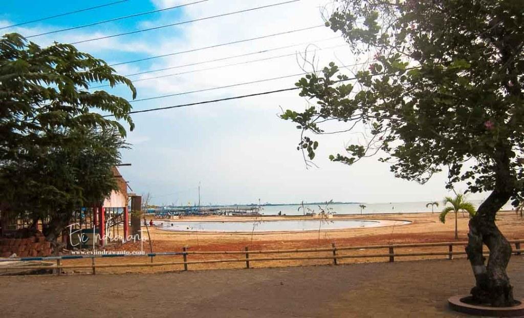 Wisata Pantai Kartini Jepara