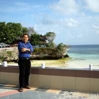 Beningnya air Pantai Tanjung Bira