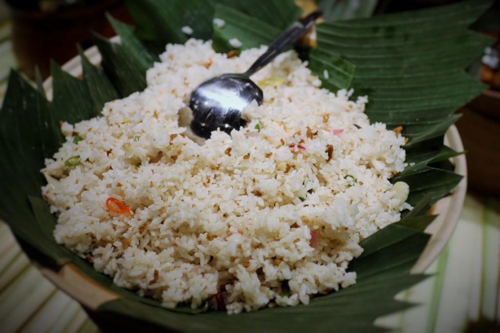 Nasi Tutug Oncom di Kampoeng Tempo Doeloe Hotel Grand Zuri BSD. Hidangan tradisional Indonesia