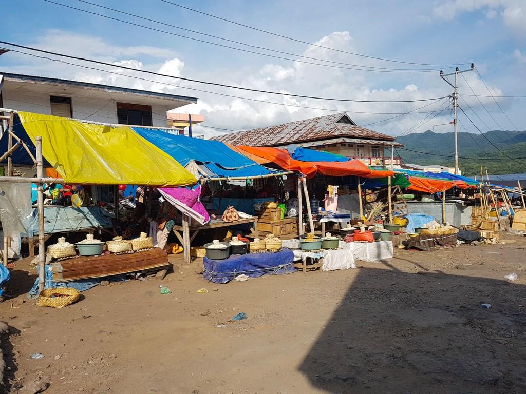 Pasar Baru Larantuka