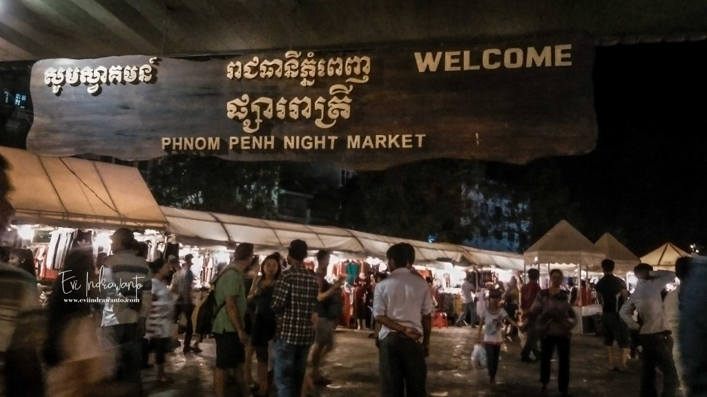 Gerbang Phnom Penh Night Market