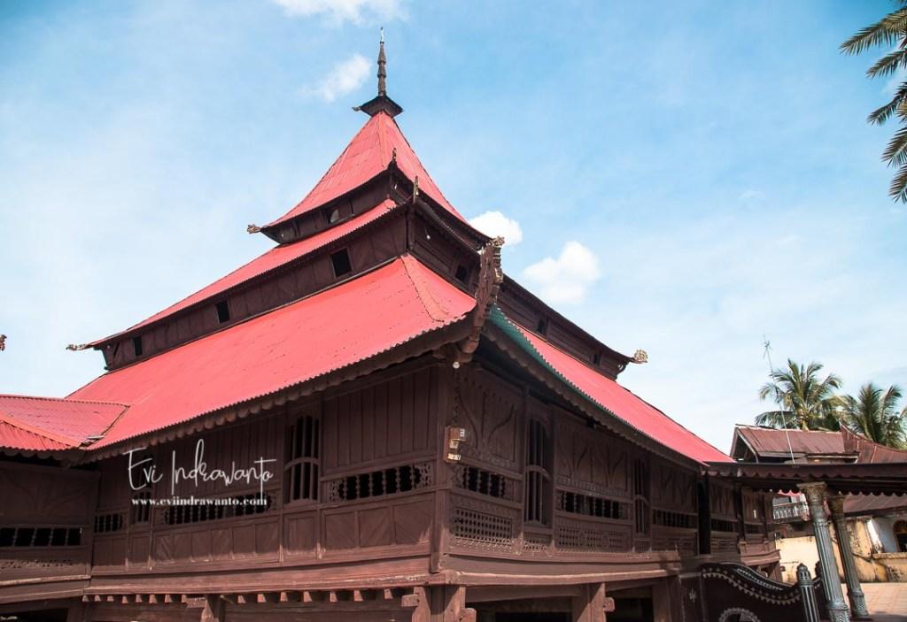 Sejarah Masjid Air Tiris Kampar