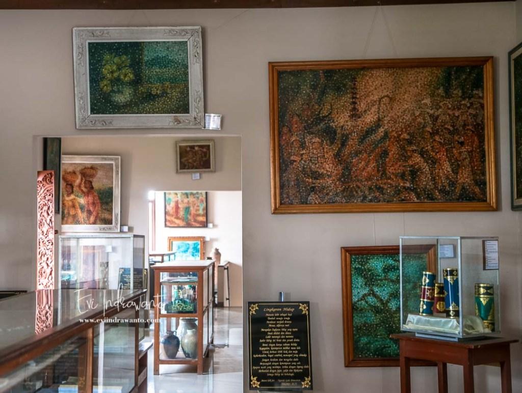 Koleksi Museum Lukisan Sidik Jari Denpasar