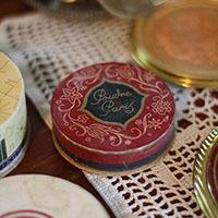vintagepowders