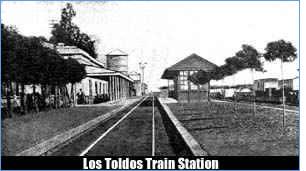 Los Toldos Train Station