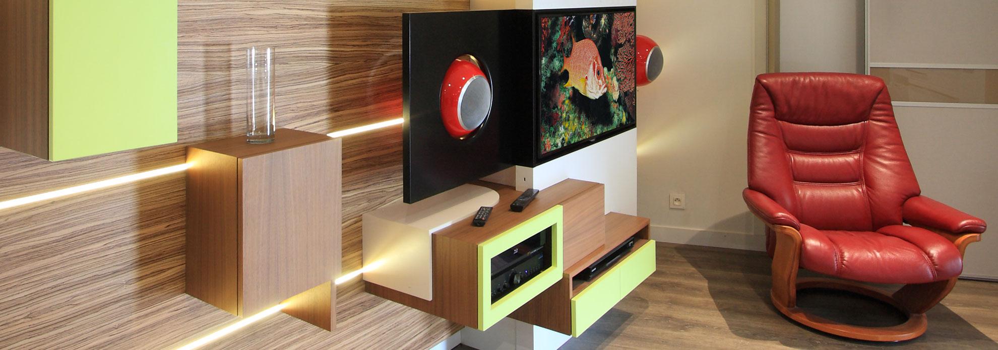 salon avec un meuble tv encastrable