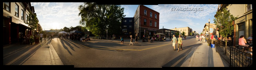 panoramic image of Hunter Street during the Hootenanny 2011