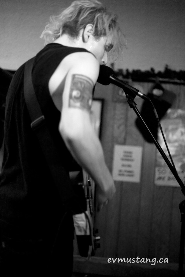 image of Mike Wallace of the Muddy Hack at the Pig's Ear Tavern