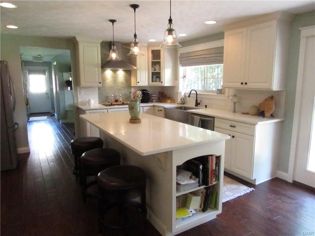 Tri Level Remodel Kitchen2