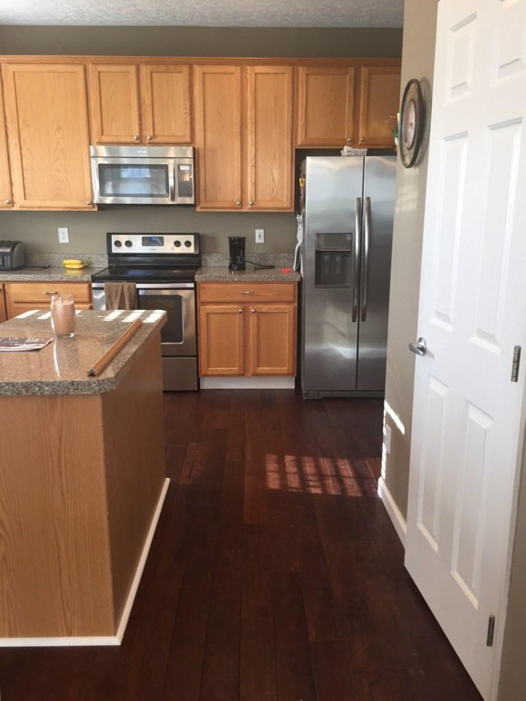 oak-kitchen-before8
