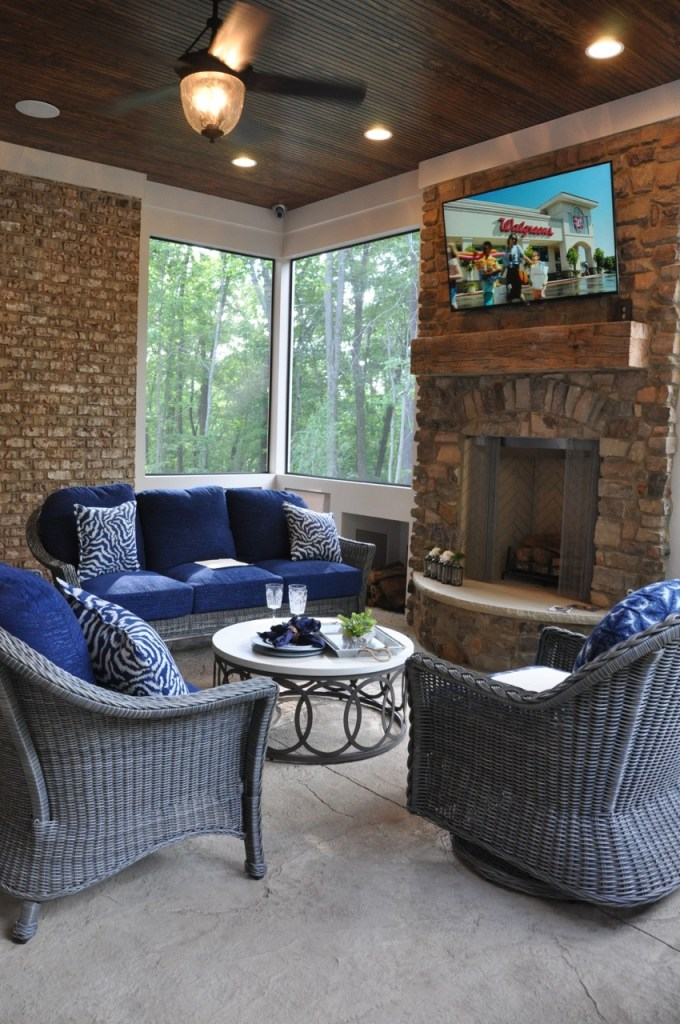 Outdoor Porch with Fireplace