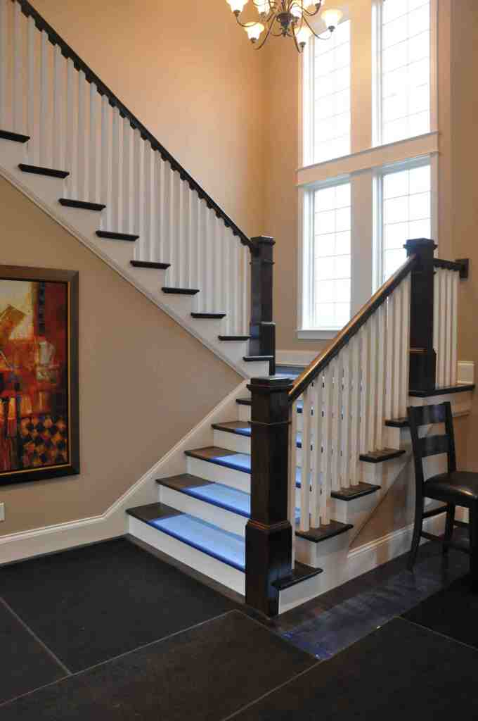 Homearama Kitchen Favorites -staircase